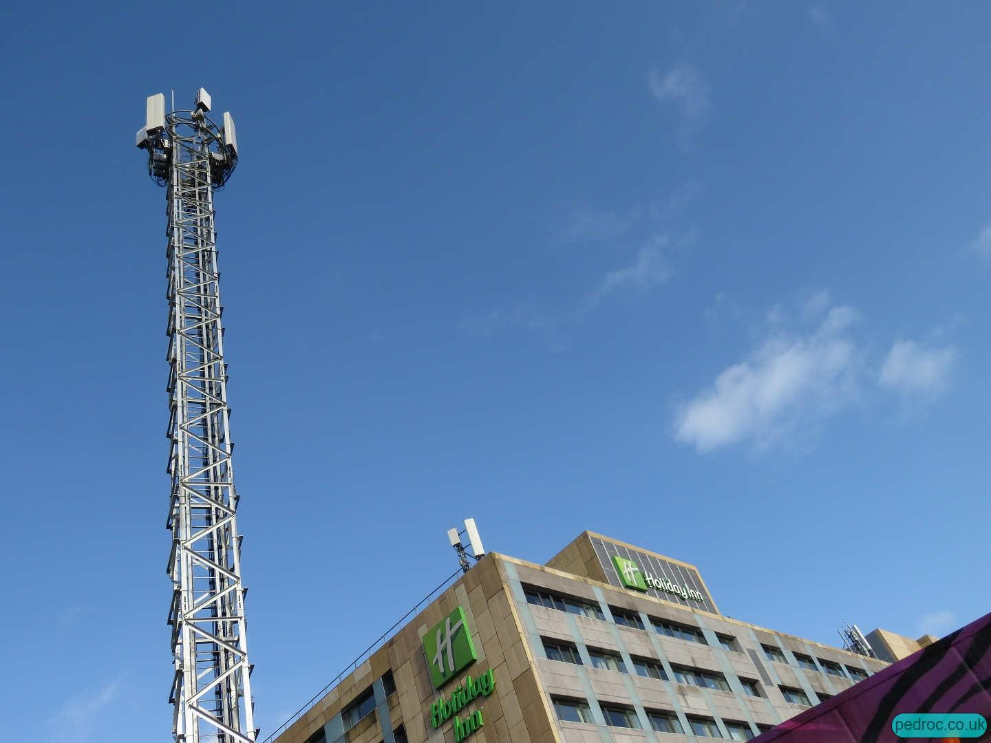 Separate 5G masts for Vodafone and O2 at Holiday Inn