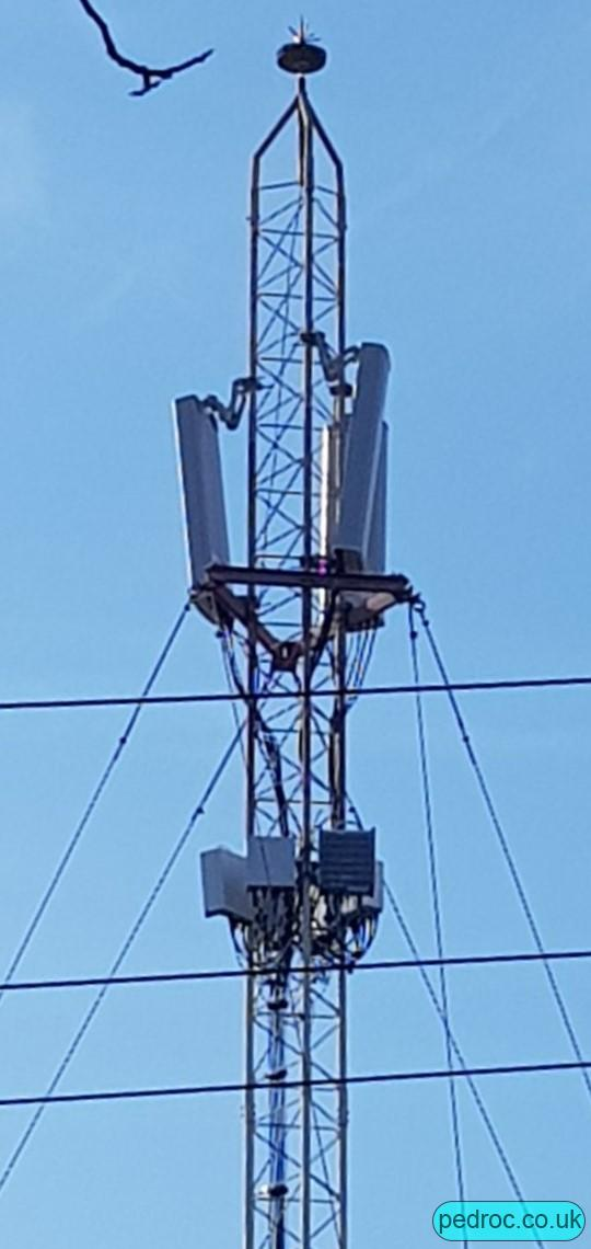 Cubacel mast with Ericsson ERS radios for 2G/3G 900MHz and 4G 1800MHz. Kathrein 80010864 antennas.