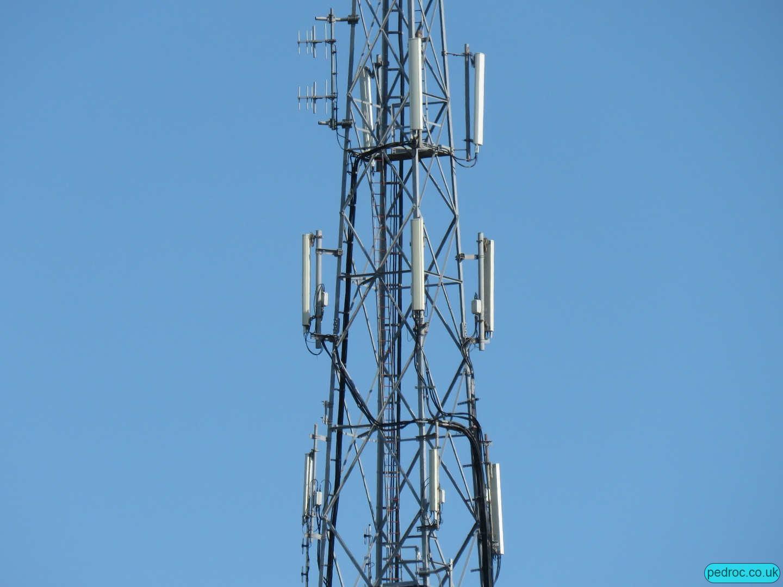 Port St Mary UHF Mast cellular antennas
