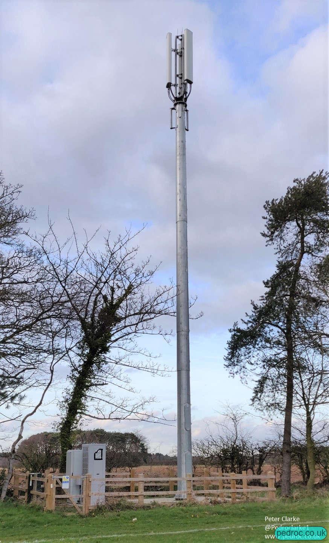 Holt Rugby Club VF/O2 Mast