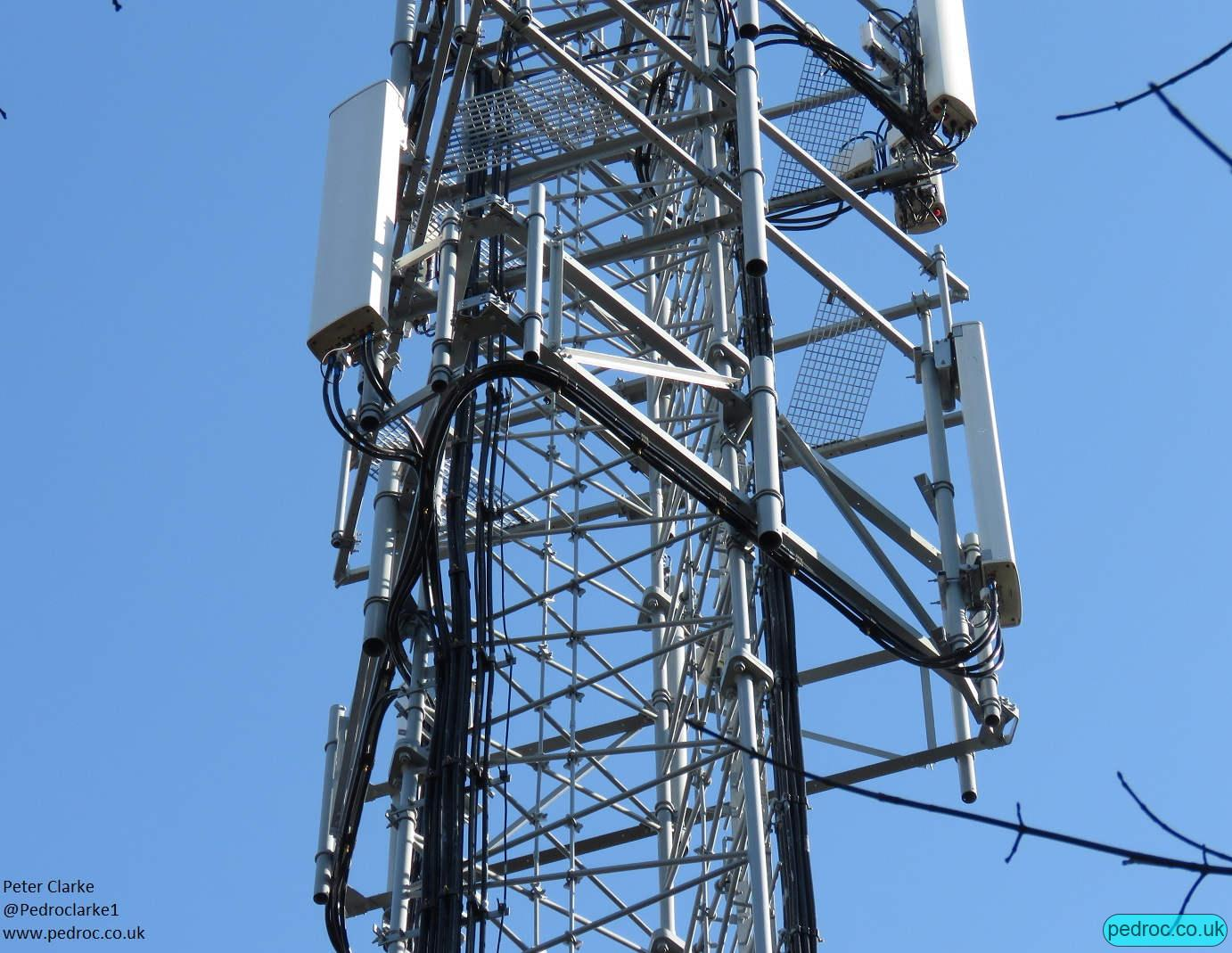 Sheringham Woods lower section with dual band Kathrein antennas for O2/VF