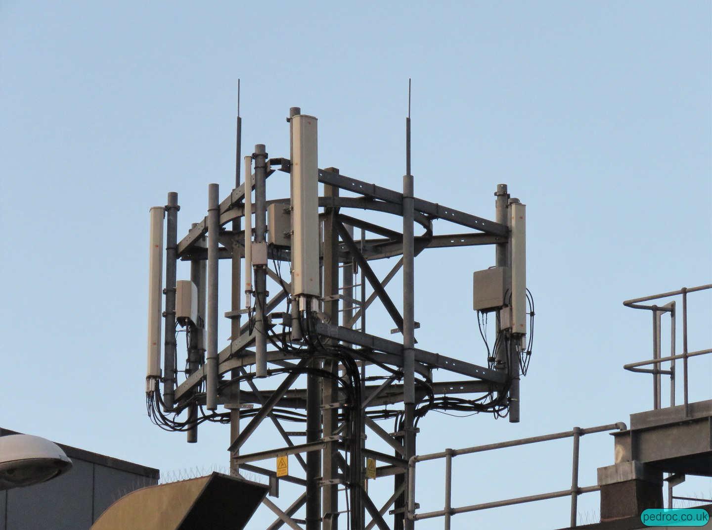 Scarborough BT Exchange O2 host rooftop lattice