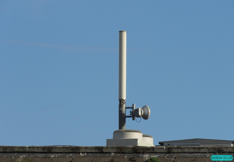 Sure Wellington Street Mast