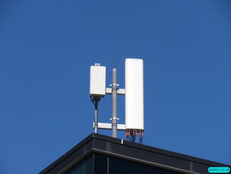Vodafone Huawei 5G mast in Salford Mediacity